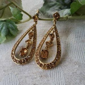 NWOT Champagne crystal earrings